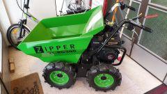 Zipper RD300 pyöräalustainen minidumpperi esittelykone