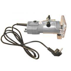 Sähkökäyttöinen trimmeri reunanauhan tasaamiseen. Tällä koneellä jyrsit helposti ja nopeasti reunanauhan oikeaan mittaan listoituksen jälkeen.